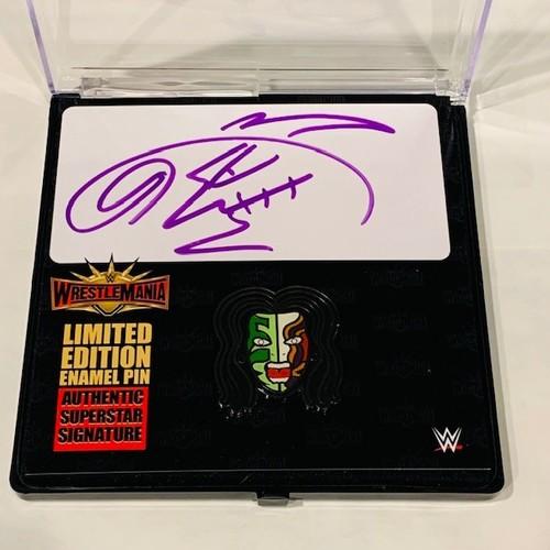 Photo of Jeff Hardy SIGNED WrestleMania 35 Logo Pin