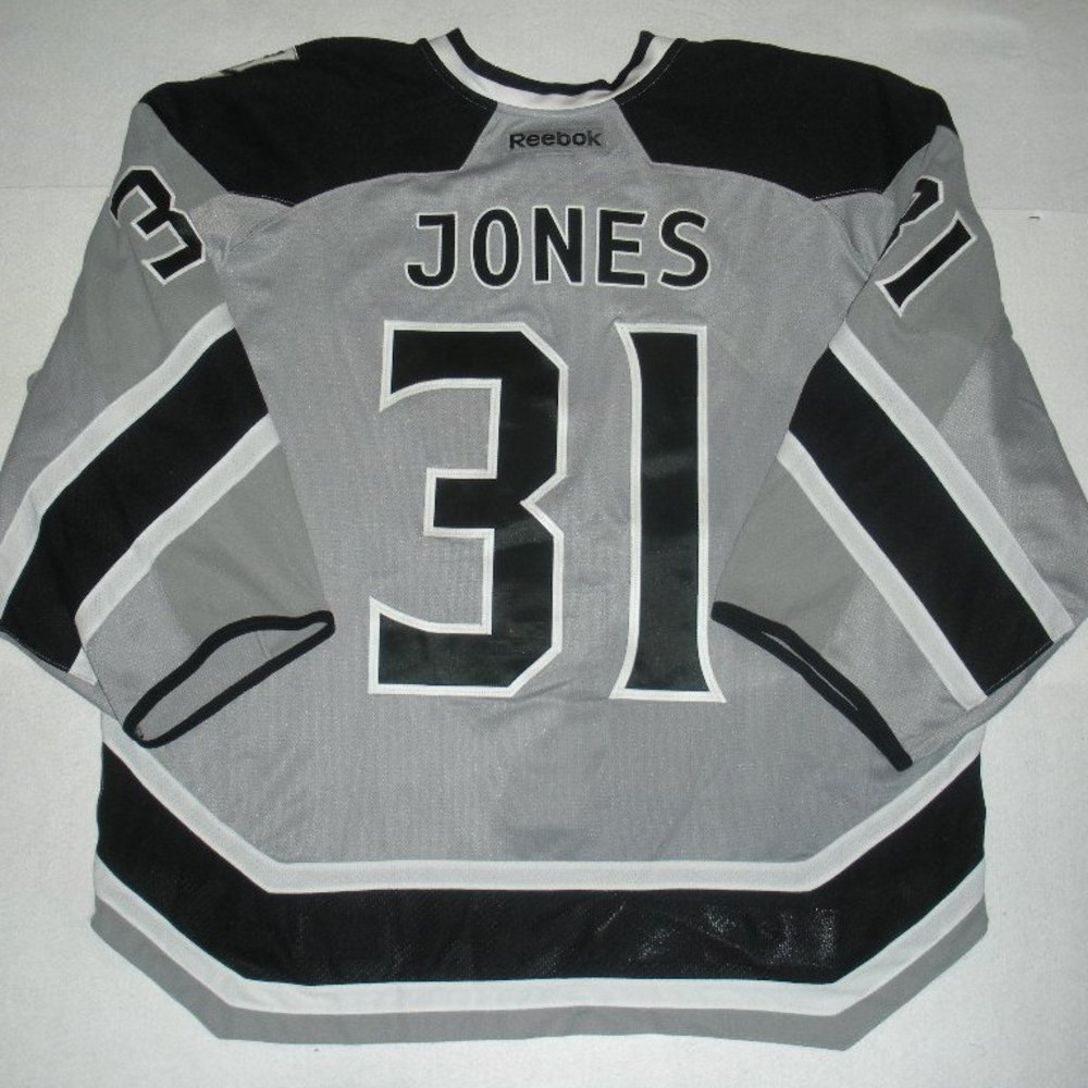 Martin Jones - 2014 Stadium Series - Los Angeles Kings - Silver Game-Worn Backup Only Jersey - Worn in First Period