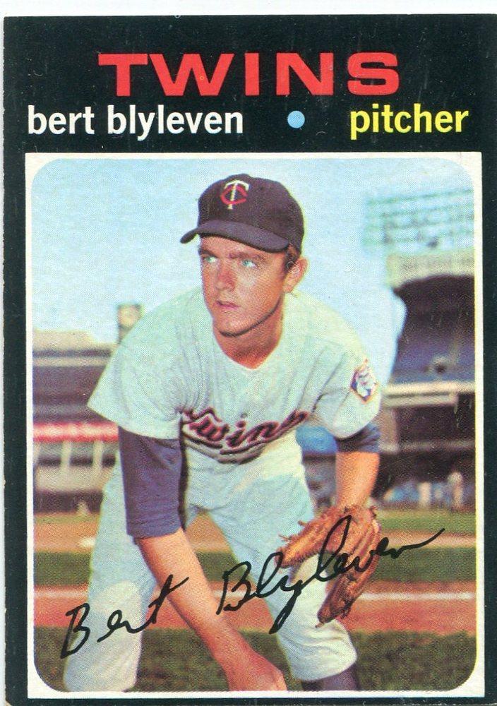 1971 Topps #26 Bert Blyleven Rookie Card -- Twins Hall of Famer