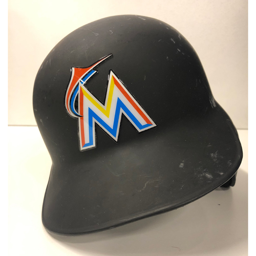Photo of Team Issued Batting Helmet: Tayron Guerrero - Size 7 3/8