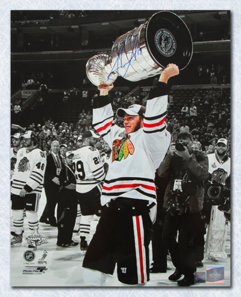 Jonathan Toews Chicago Blackhawks Autographed 2010 Stanley Cup 16x20 Photo