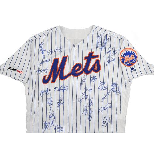Amazin' Auction: Team Autographed Jersey