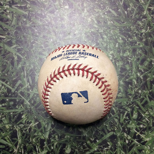 Photo of Game-Used Baseball NYM@MIL 06/09/11 - Jonathan Niese - Carlos Gomez: Foul