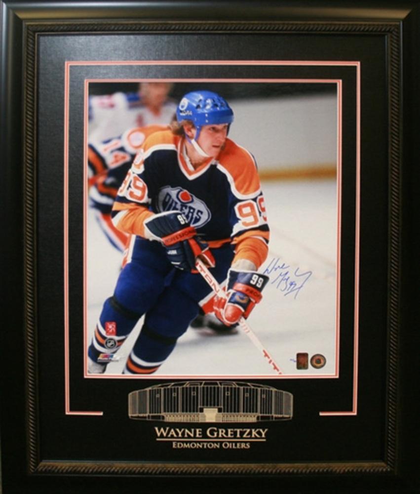 Wayne Gretzky - Signed & Framed 16x20 - Oilers Blue 79/80 Rookie