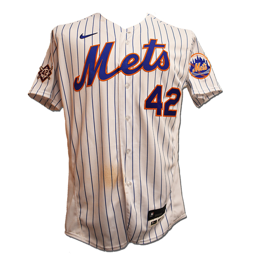 Photo of J.D. Davis #28 - Game Used Jackie Robinson Day Jersey and Hat - 1 Run Scored - Mets vs. Nationals - 4/23/21