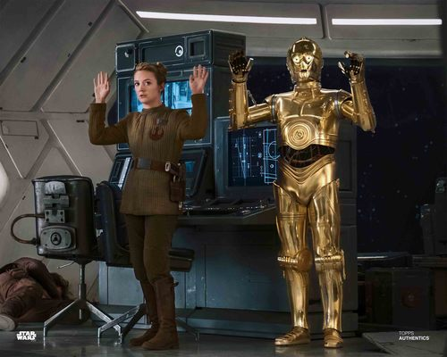 Lieutenant Connix and C-3PO