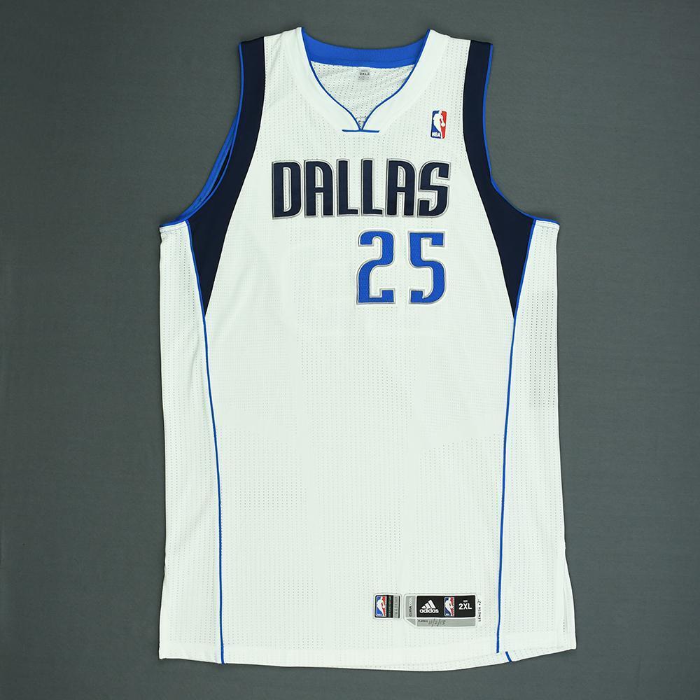 Vince Carter - Dallas Mavericks - Game-Worn Jersey (1 of 2) - 2013-14 NBA Season