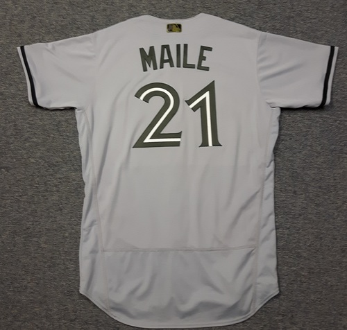 Photo of Authenticated Game Used 2018 Memorial Day Jersey - #21 Luke Maile (May 26, 2018: 0-for-3. May 28, 2018: 0-for-4). Size 46