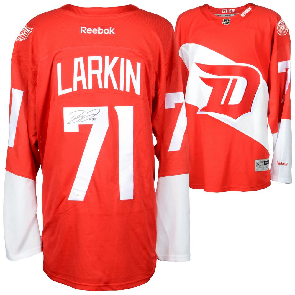 sale retailer 256d8 586d0 Dylan Larkin Detroit Red Wings Autographed 2016 Stadium ...