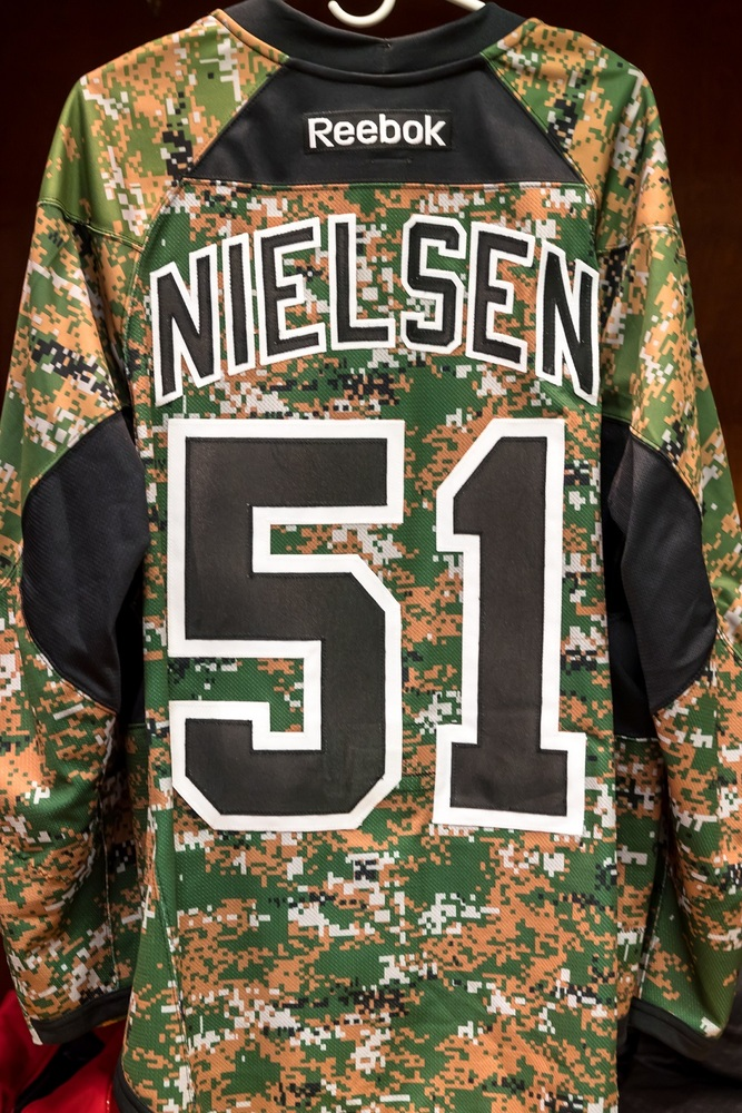 5d61dcdd9 Frans Nielsen ( 51)-Camo Authentic Jersey - Detroit Red Wings - NHL ...