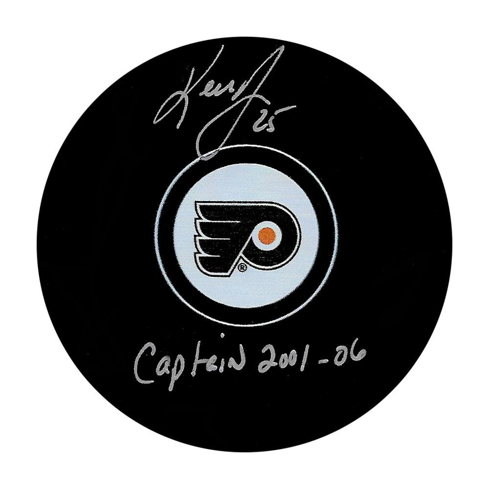 Keith Primeau Autographed Philadelphia Flyers Puck w/CAPTAIN 2001-06 Inscription