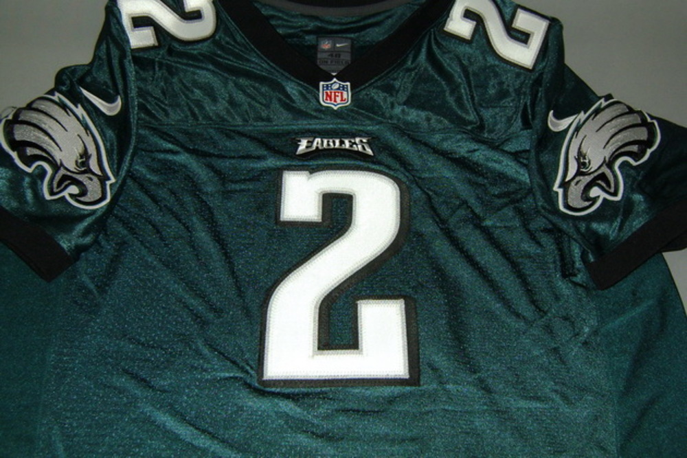 NFL Auction | EAGLES - MATT BARKLEY SIGNED EAGLES AUTHENTIC JERSEY ...