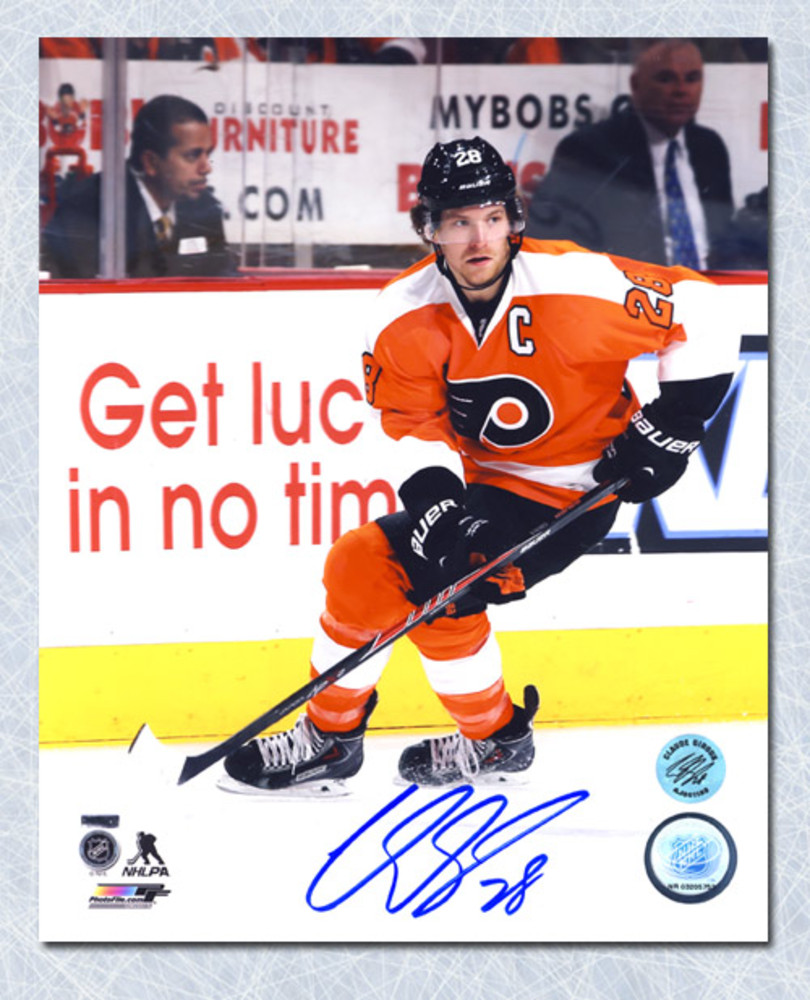 Claude Giroux Philadelphia Flyers Autographed Skating 8x10 Photo