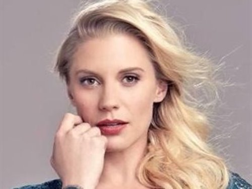 Mail in your Poster, Photo, or other Small Memorabilia (<5lbs) to get signed by Katee Sackhoff