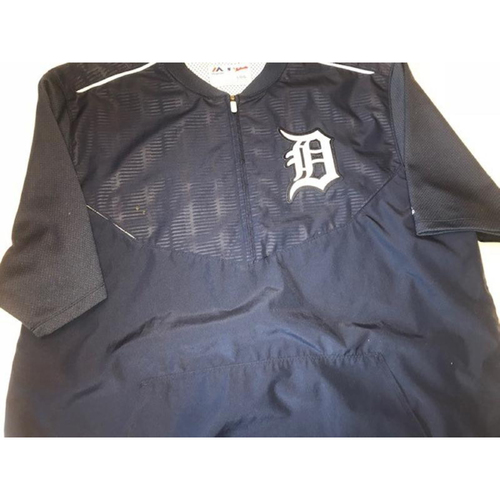 Photo of 2015 Team-Issued #55 Home Batting Practice Jacket