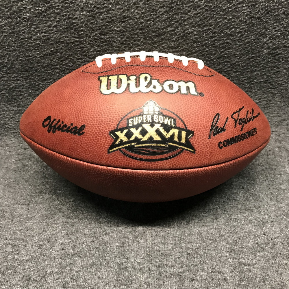 NFL - Super Bowl XXXVII (BUCCANEERS-RAIDERS) GAME USED FOOTBALL