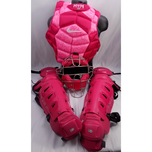 Photo of Robinson Chirinos Team-Issued 2018 Mother's Day Catching Gear