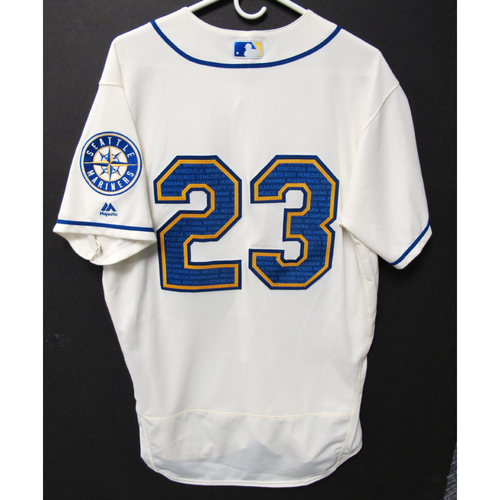 Photo of Seattle Mariners Austin Nola Game-Used Marineros Jersey (Salute to Latin American) 9-15-2019