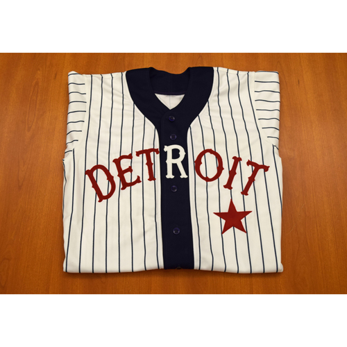 Photo of Alan Trammell Autographed Game Worn Detroit Tigers Negro Leagues Tribute Game Jersey (2005) (NOT MLB Authenticated)