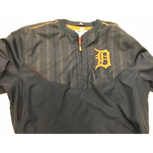 Photo of 2015 Team-Issued Detroit Tiger #88 Road Batting Practice Jacket