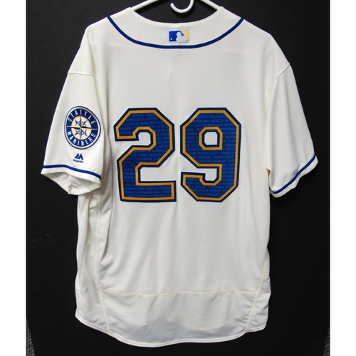 Photo of Seattle Mariners Scott Servais Game-Used Marineros Jersey (Salute to Latin American) 9-15-2019
