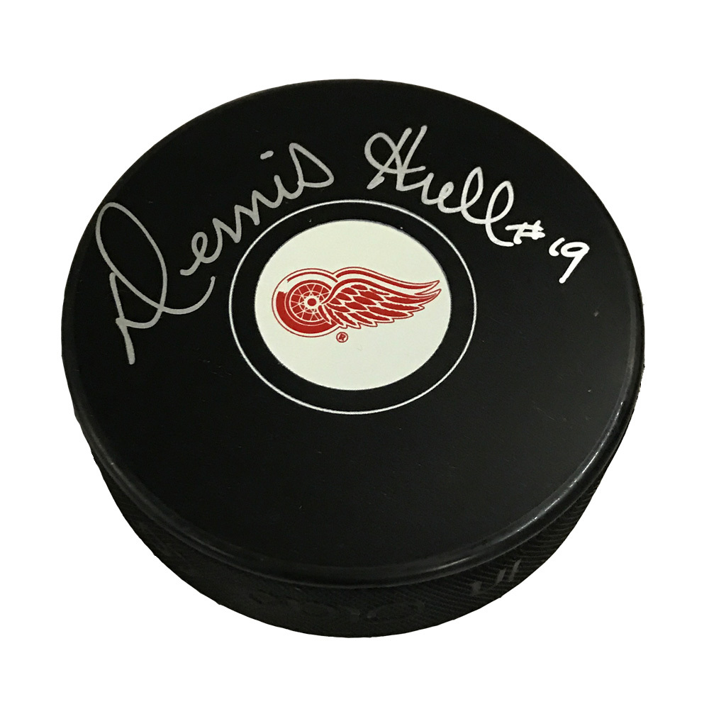DENNIS HULL Signed Detroit Red Wings Puck