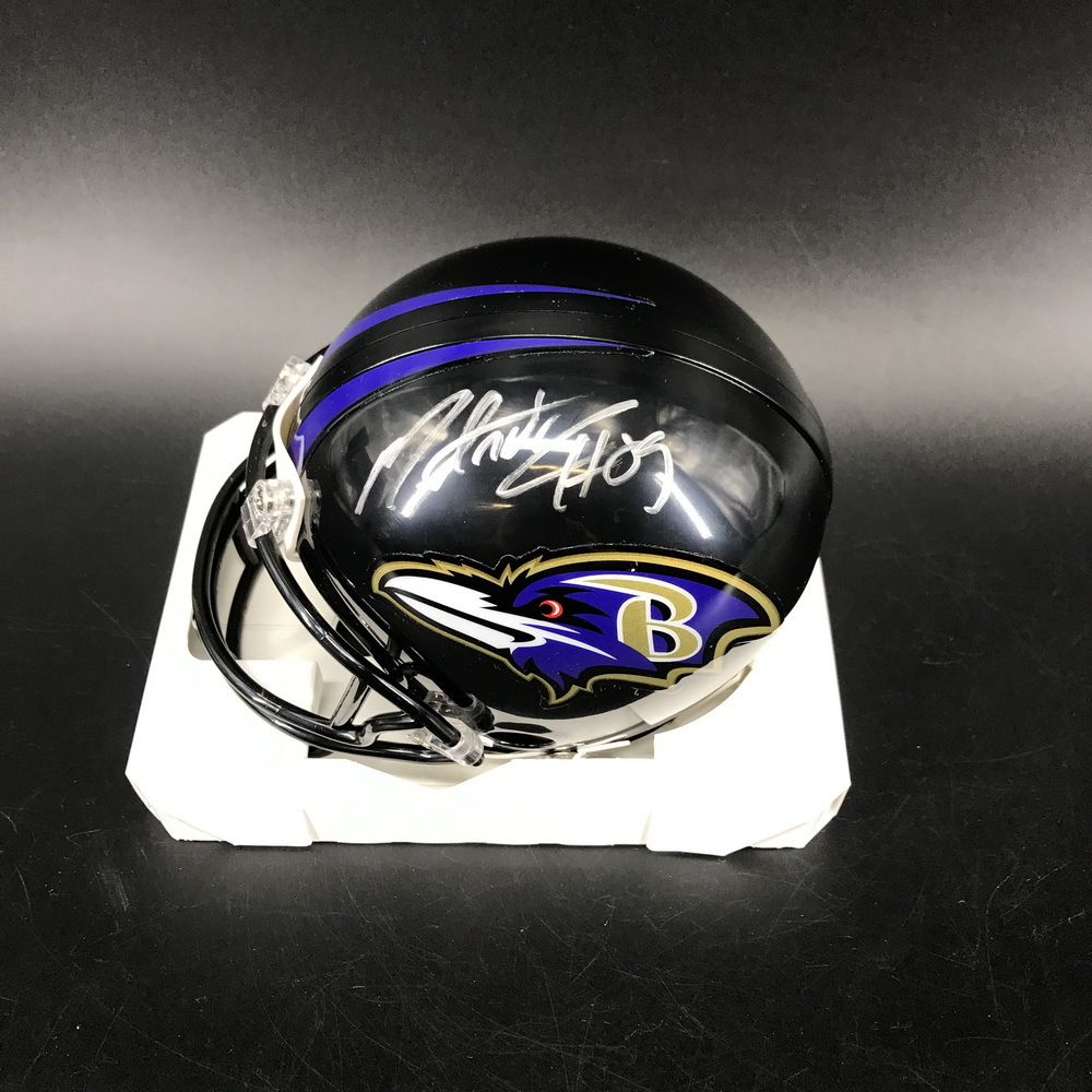 NFL - Ravens Mark Andrews Signed Mini Helmet