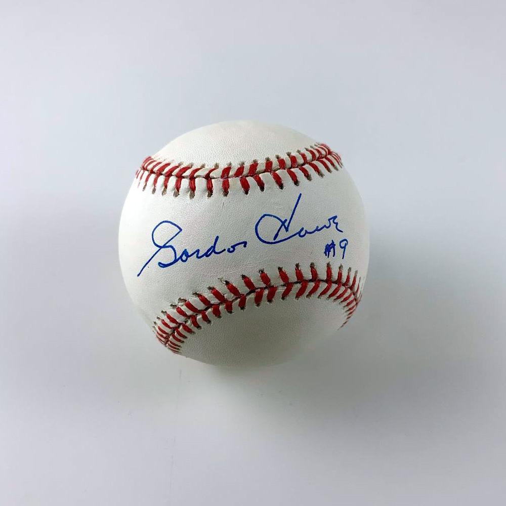 GORDIE HOWE Signed Baseball