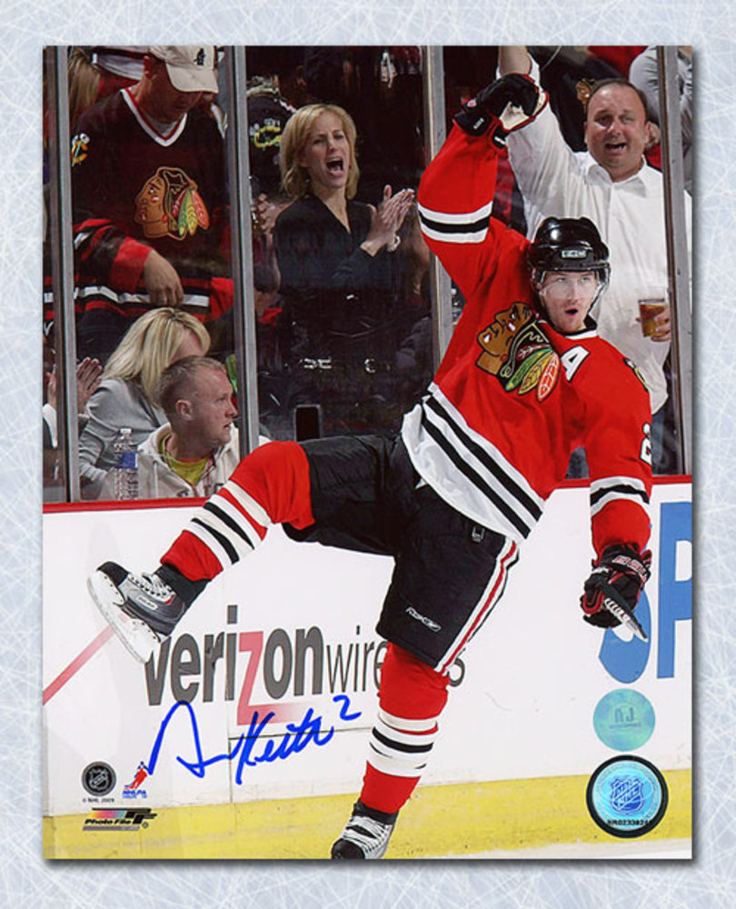 Duncan Keith Chicago Blackhawks Autographed Goal Celebration 8x10 Photo