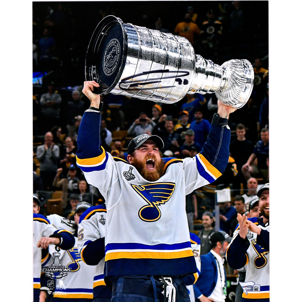 Ryan O'Reilly St. Louis Blues 2019 Stanley Cup Champions Autographed 11