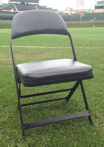 Cubs Authentics: Derek Jeter Game-Used Locker Room Chair - Derek Jeter's Last Regular Season Series at Wrigley Field - EK962915