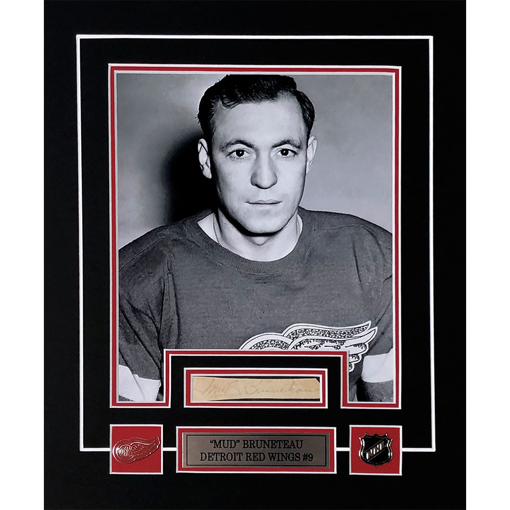 Mud Bruneteau Autographed Detroit Red Wings Matted Display