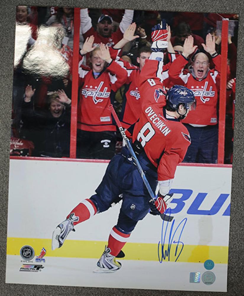 Alexander Ovechkin Washington Capitals Signed Reverse Celebration 16x20 Photo