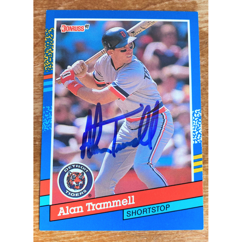 Photo of Alan Trammell Autographed Detroit Tigers 1990 Baseball Card (NOT MLB AUTHENTICATED)