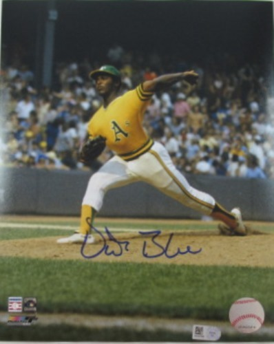 Photo of Vida Blue Autographed 16x20