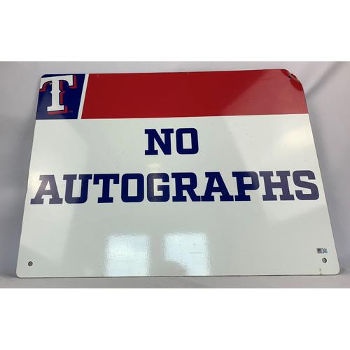 Photo of No Autographs Sign - Texas Rangers Players Parking Garage - Globe Life Park