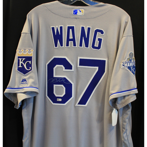 Autographed Jersey: Chien Ming Wang (Size 50)