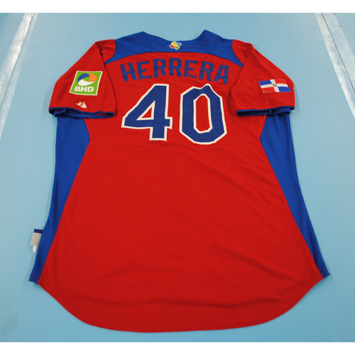 Photo of 2013 Wold Baseball Classic: Kelvin Herrera Game-worn Dominican Republic Away Jersey - Size 46