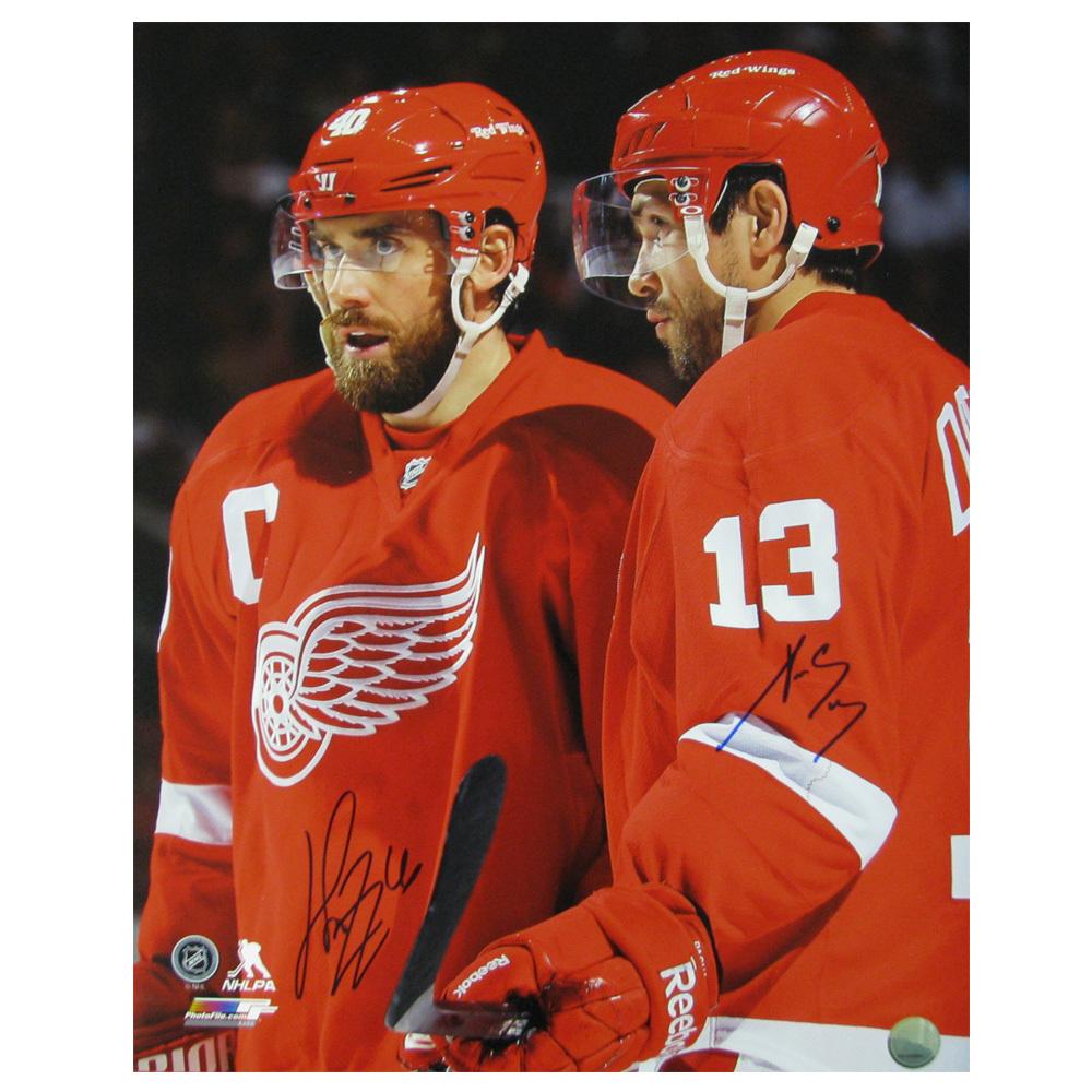 HENRIK ZETTERBERG & PAVEL DATSYUK Dual-Signed Detroit Red Wings 16 X 20 Photo - 79016