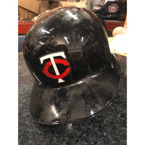 2017 Game-Used Helmet - Ehire Adrianza