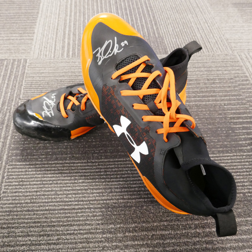 Photo of San Francisco Giants - Autographed Cleats - Kyle Crick (pair) - Size 12