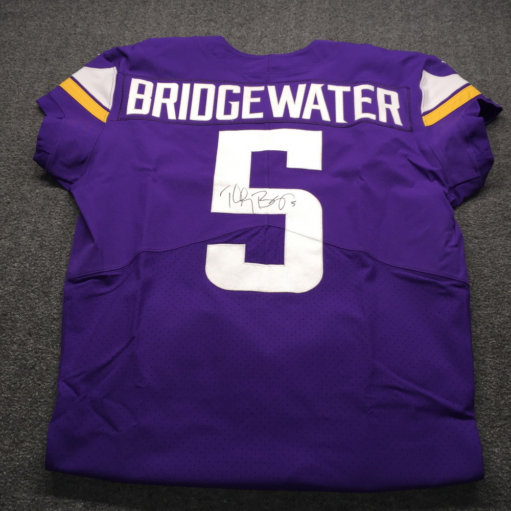 quality design b231c 9811c NFL Auction | STS - Vikings Teddy Bridgewater Signed and ...