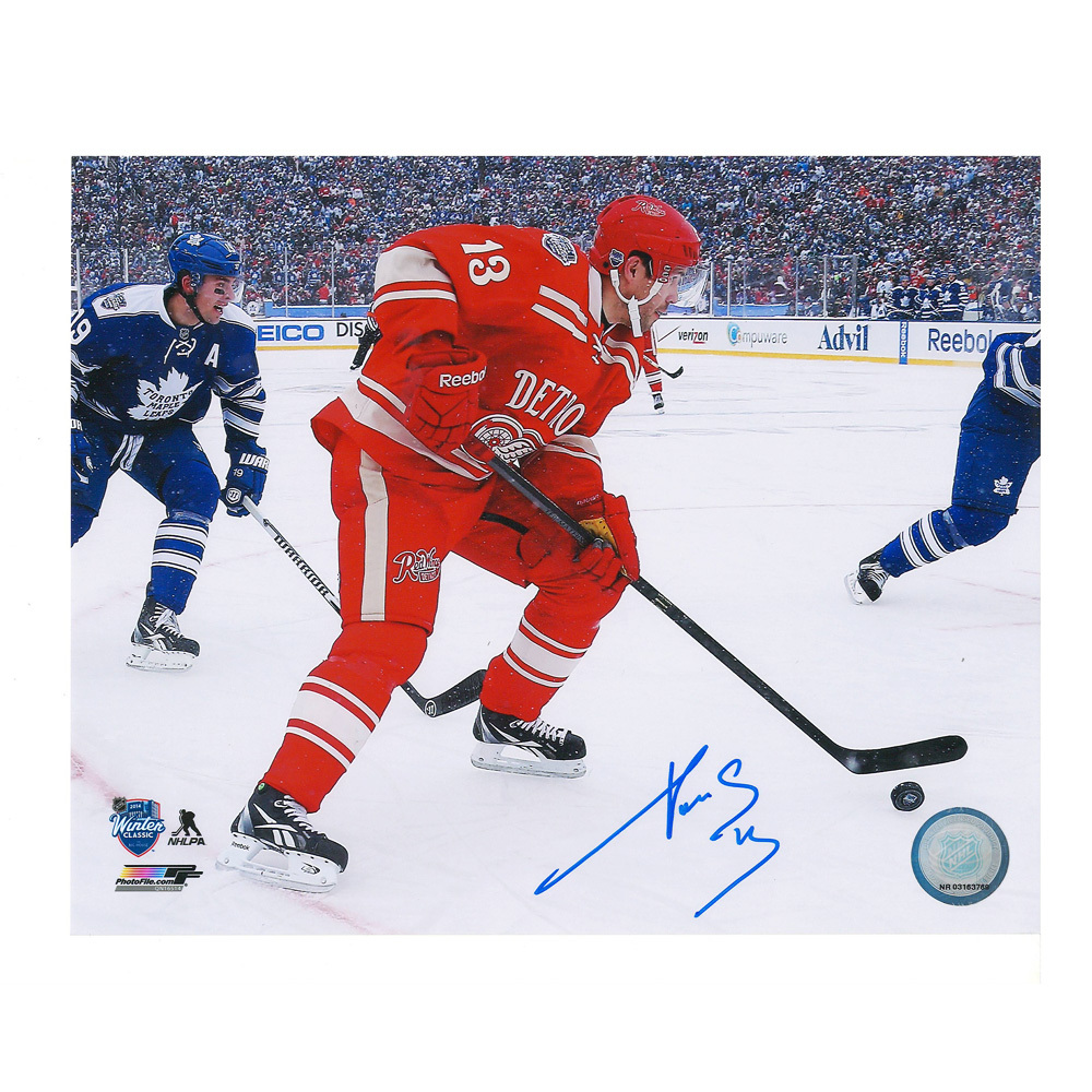 PAVEL DATSYUK Signed  2014 NHL Winter Classic Detroit Red Wings 8 X 10 Photo - 70024