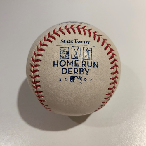 Photo of 2007 Home Run Derby - Game Used Baseball - Batter: Albert Pujols -  Round 1 Out