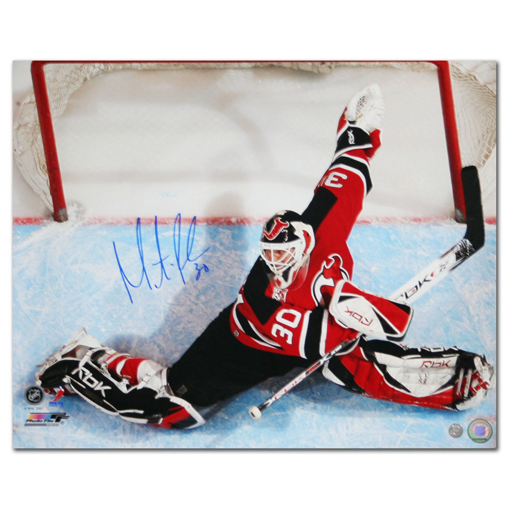 Martin Brodeur Autographed New Jersey Devils 16X20 Photo