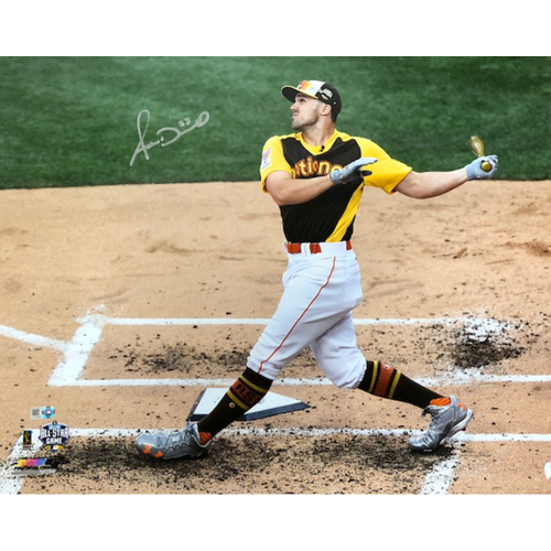 Photo of Adam Duvall -- Autographed 2015 All-Star Game Home Run Derby Photo (16'' x 20'')
