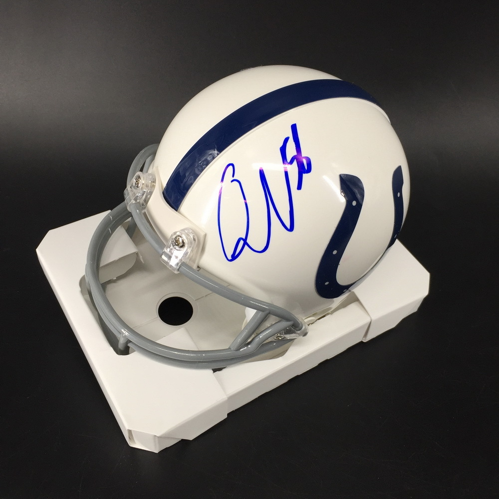 NFL - Colts Quenton Nelson Signed Mini Helmet