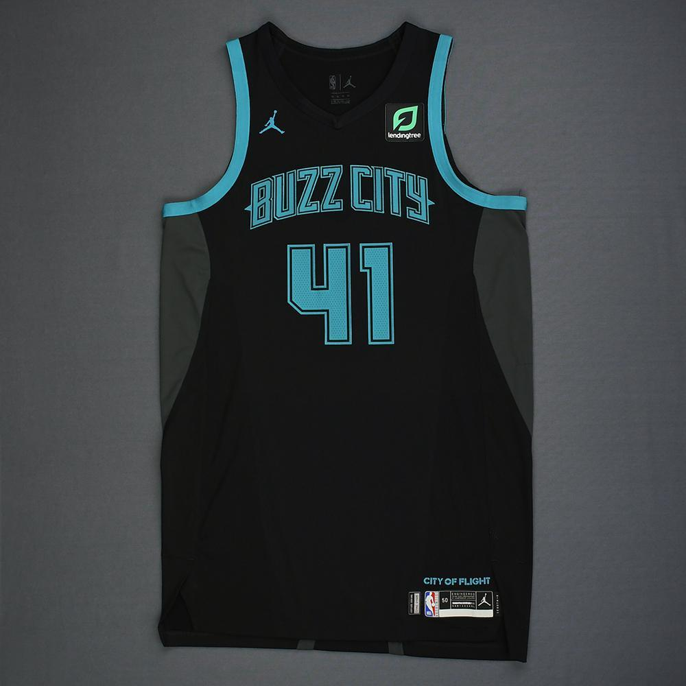 more photos 349a4 6be07 Willy Hernangomez - Charlotte Hornets - Game-Worn City ...