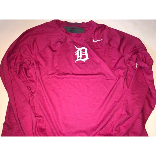 Photo of 2017 Team-Issued #7 Pink Nike Dri-Fit Shirt