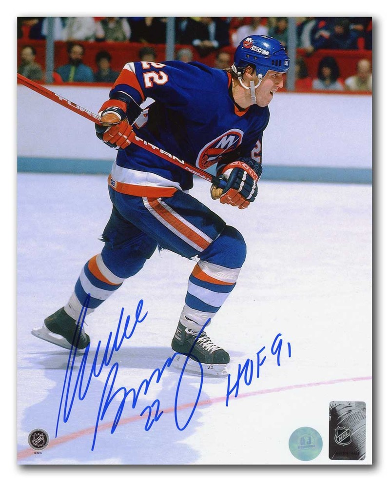 Mike Bossy New York Islanders Autographed Rushing 8x10 Photo with HOF Note